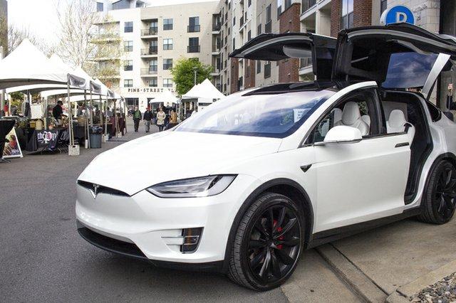 Tesla.jpe
