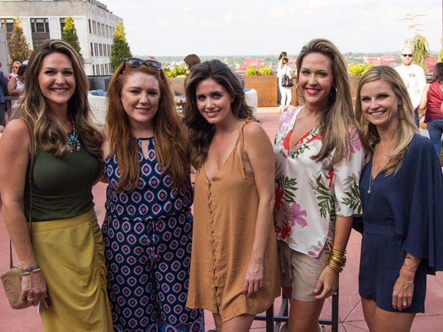 Beth-Kelley-Jessica-Crawford-Stefanie-Ball-Lori-Scholl-Paige-Pair.jpe