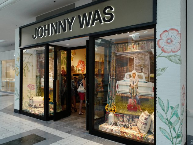 -Johnny-Was-Store-Front---Mall-at-Green-Hills.jpe