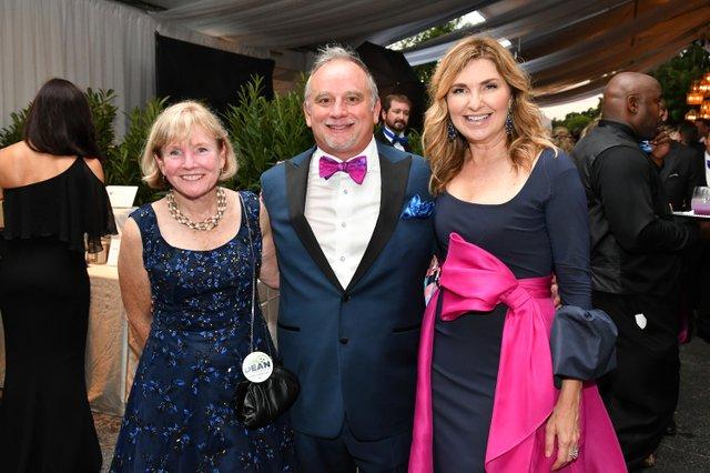 Anne Davis, Chuck and Jo Ellen McDowell.JPG