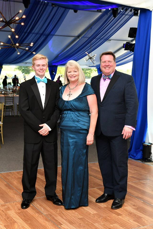 Miller, Vivian and David Garrett.JPG
