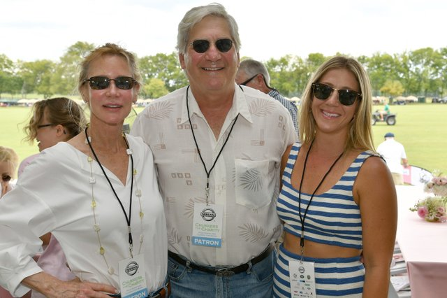 Kathy Follin, Robert Lipman and Gracey Donahue.JPG