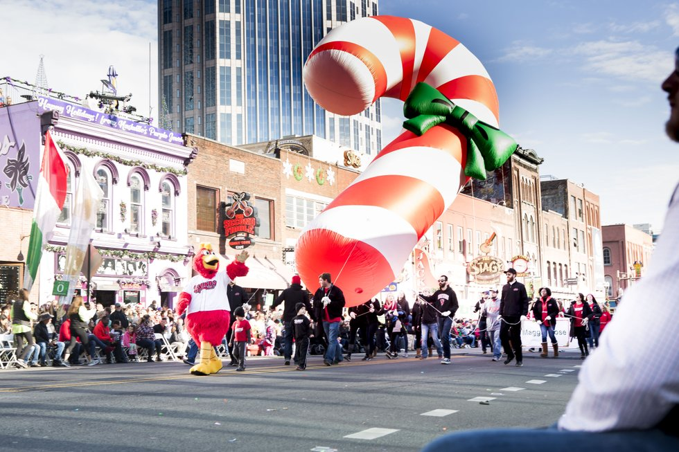 Parade Photo - Candy Cane Balloon.JPG