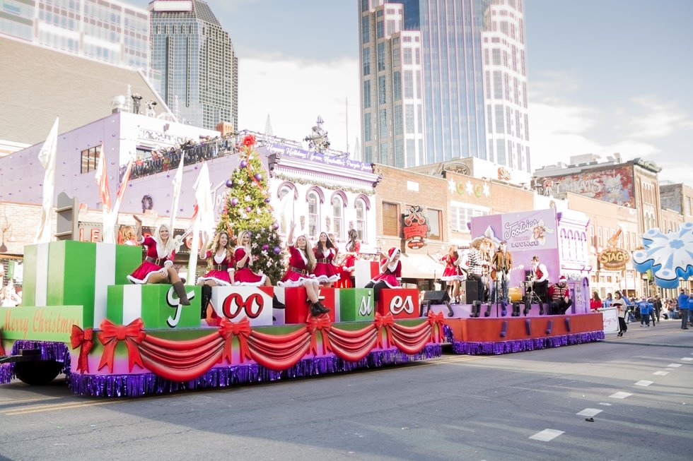 Parade Photo - Tootsies Float.JPG