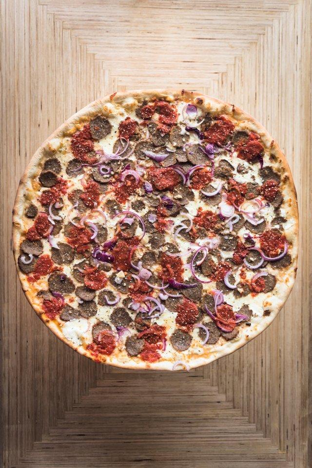 FivePointsPizza_MeatballPizza_2026.jpg