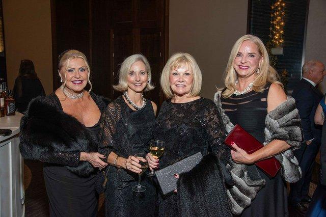 Alberta Doochin, Debbie Cassetty, Linda Ervin, Carolyn Campbell.jpg