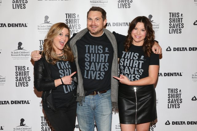 Kelly Sutton, Hunter Kelly and Ashley Eicher on the This Show Saves Lives red carpet.jpg