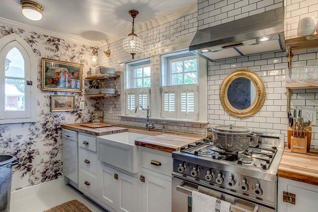 Room & Board_Sweeney Cottage_Image_3.jpg