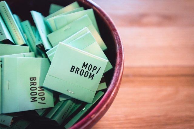 Mop&Broom_2038.jpg