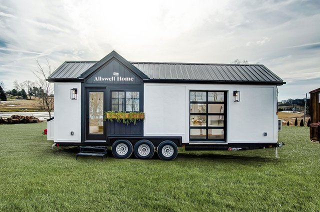 TinyHome_TrailerPhotoEdit_R1.jpg