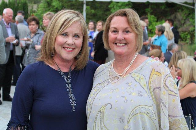 Marianne Schroer and award recipient Nancy Sargent.JPG