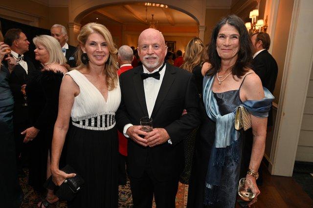 Leigh Ann Jones, Mike Jones, Lorraine Ferrell.JPG