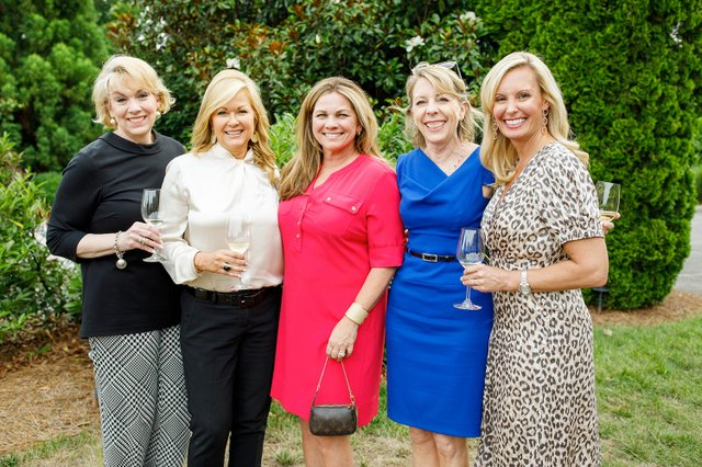 Marjori Feltus-Hawkins, Carol Arrowood, Lisa Maki, Christie Wilson, Rahel Klapheke-Sloan.jpg
