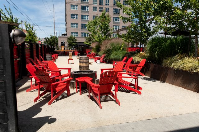 Rogue_Eastside_Patio_2000x1333.jpg