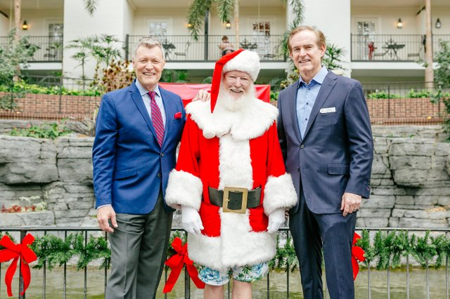 Opryland Christmas.Christmas In July At Opryland Nashville Lifestyles
