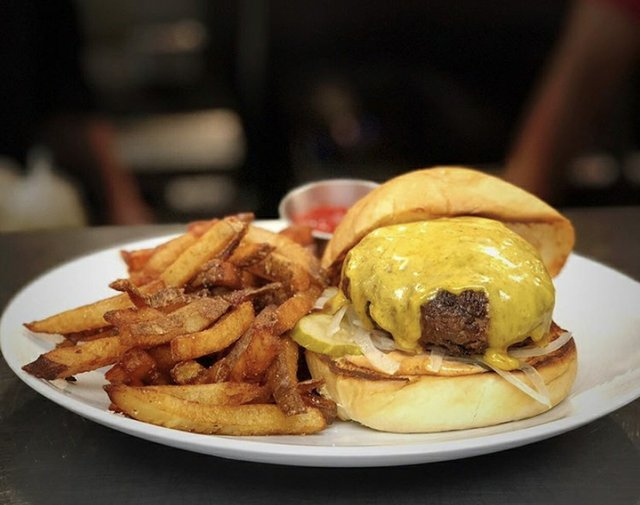 Earnest burger.jpg