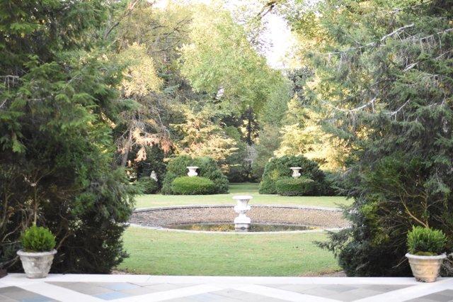Cliff Lawn Fountain.jpg