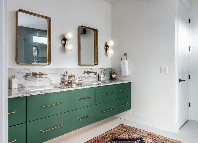 New Bathroom Jamie Duncan.jpg