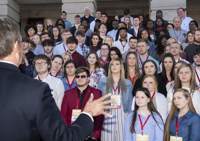 03/27/2019 Governor Bill Lee greets the Jobs for TN Graduates group