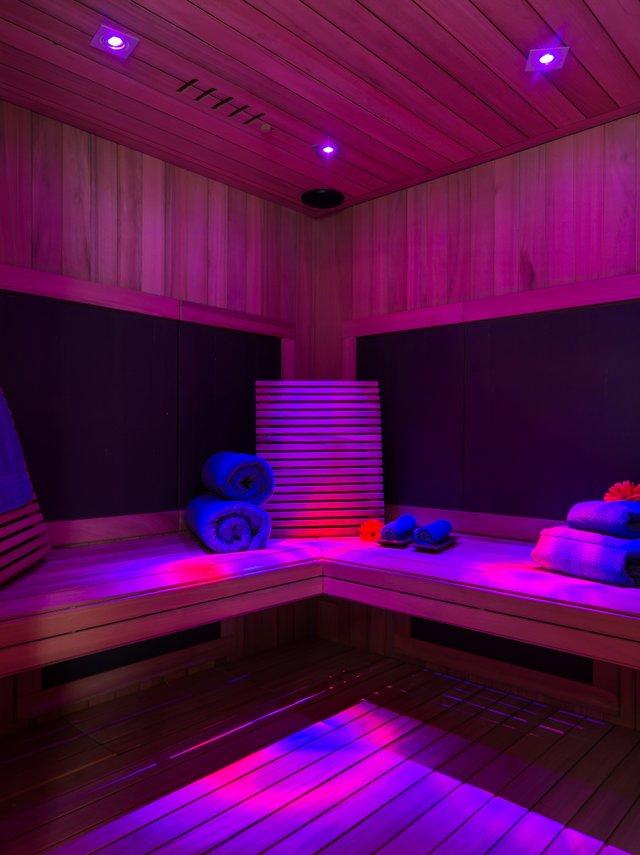 Deluxe Sauna - Interior.jpg