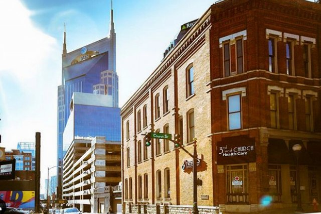 Nashville_walking_tour_w_United_Street_Tours_70_1.png