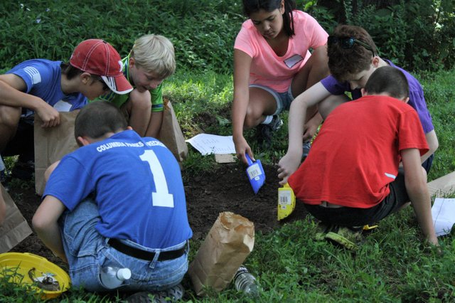 BOFT summer camp -archaeology (003).jpg