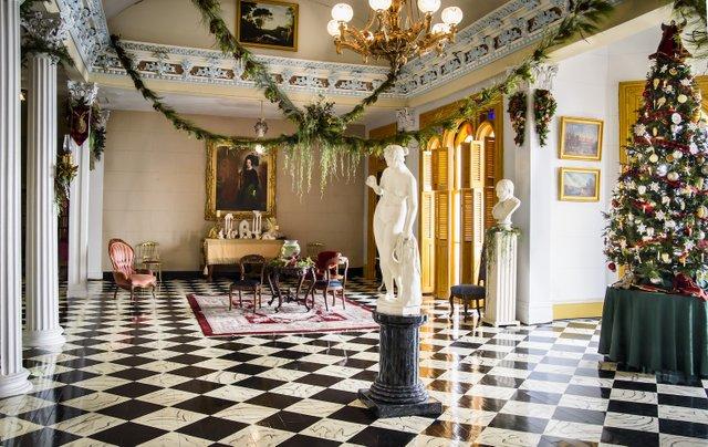 Belmont Mansion Christmas  2019  Photographer Ed Houk, image courtesy of Belmont Mansion.jpg