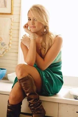 -Carrie-Underwood-.jpe