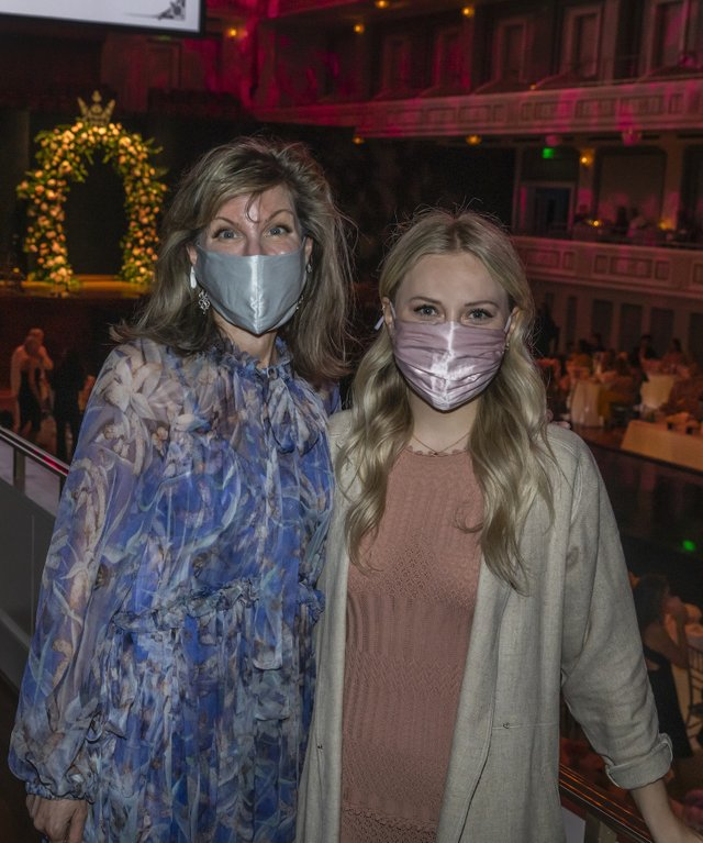 Dina Basile and Lauren Patterson.JPG