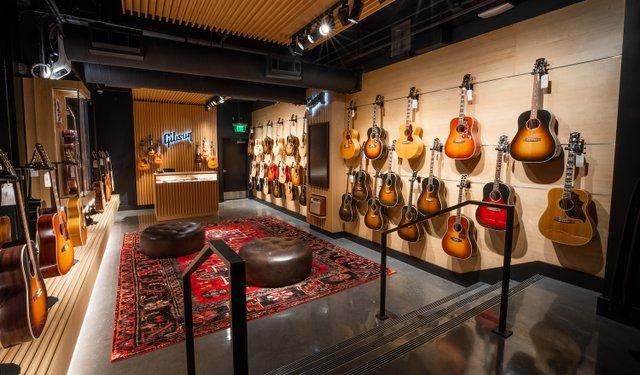 Gibson Garage Interior-1-3.jpg