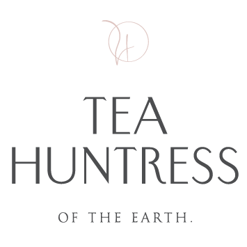 Teahuntress-logo export-01.png