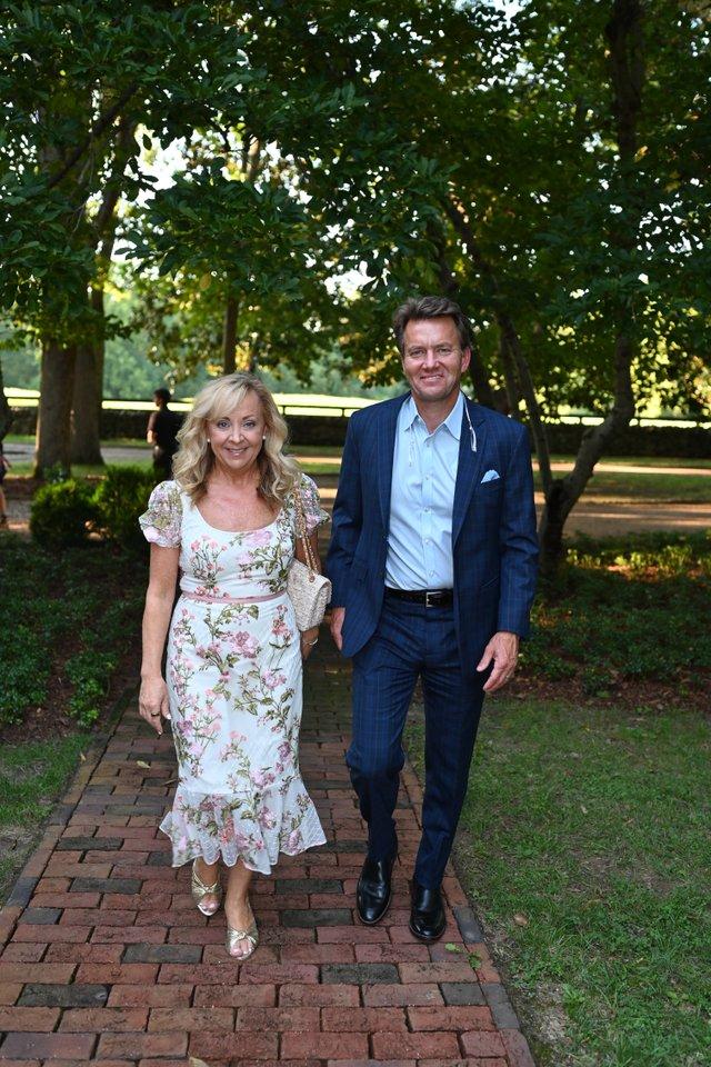 Jennifer & Jamie Parker.JPG
