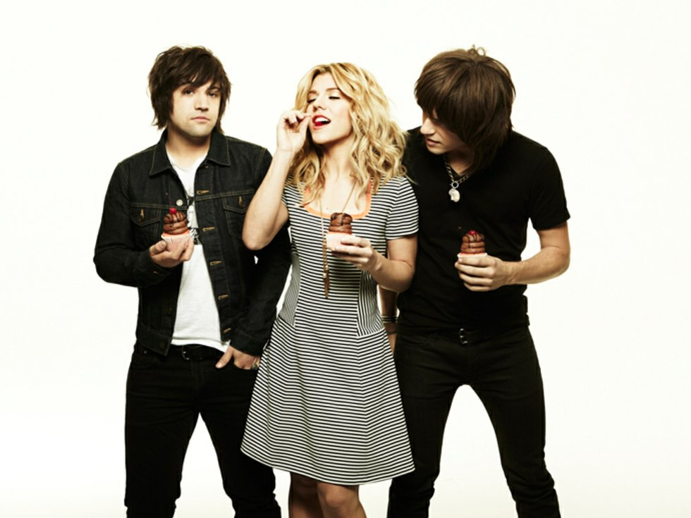 The Band Perry with cupcakes