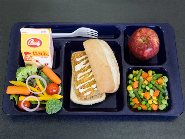 FoodinSchool10.jpe